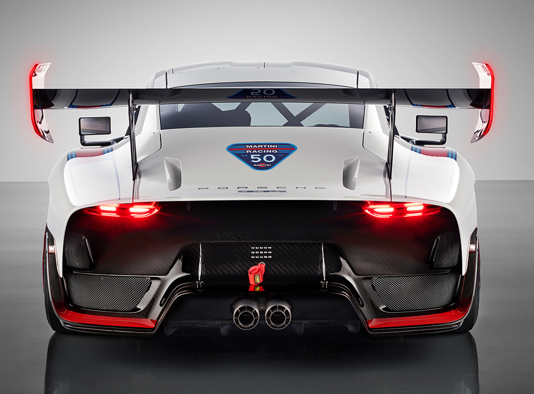 Exclusive new edition of the Porsche 935 - News - August